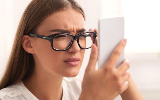 Kính thông minh có thể điều trị bệnh cận thị