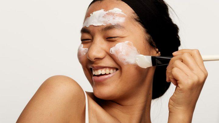 Những loại mụn trên da và cách chăm sóc da mụn an toàn