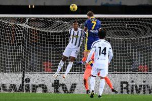Pirlo lên tiếng về phong độ của các cầu thủ, Juventus giữ chân CR7