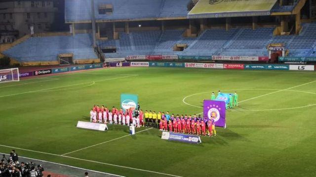Thi đấu không khán giả, bóng đá Việt Nam cần học hỏi Ngoại Hạng Anh